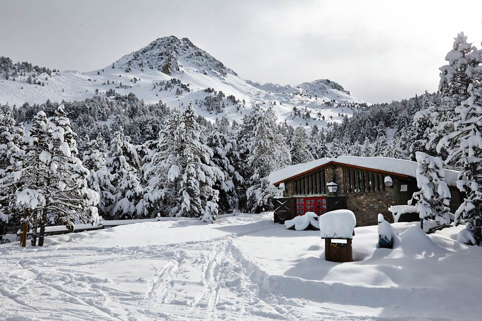 The tiny Pyrenean principality of Andorra only fully opened its doors to international investment in 2012, in order to diversify its economy. It has also now relaxed residency laws in a move towards attracting wealthier citizens. As a result, the property market, which until last year was stagnating, has begun to see a significant rise in demand and prices. Andorra measures just 468 square kilometers and its main income is from financial services and tourism. Around nine million visitors arrive annually to pursue outdoor activities, including skiing, and duty-free shopping. There are also tax benefits for residents. The first €24,000 of earnings is tax free, and global income over €40,000 has a flat rate of ten per cent.